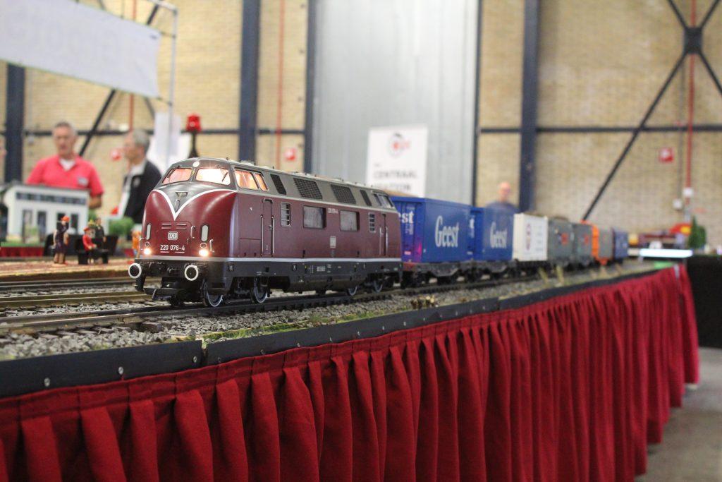 modeltrein spoor 2